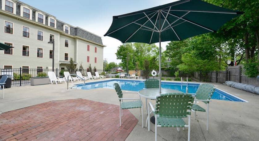 Bar Harbor Grand Hotel Pool