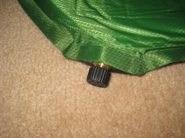 Air inlet valve