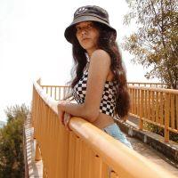 Colegiala Fernanda expone su pack de fotos con Video intimo xxx.