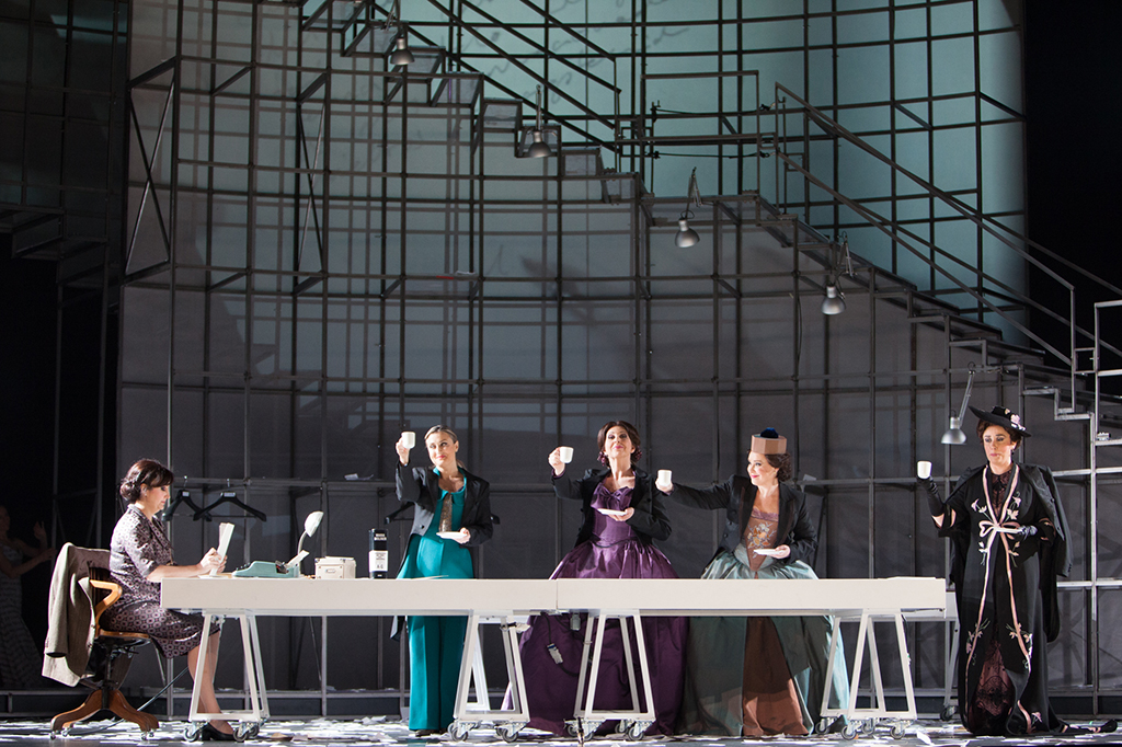 Maria-Moliner-Paco-Azorin-Opera-11