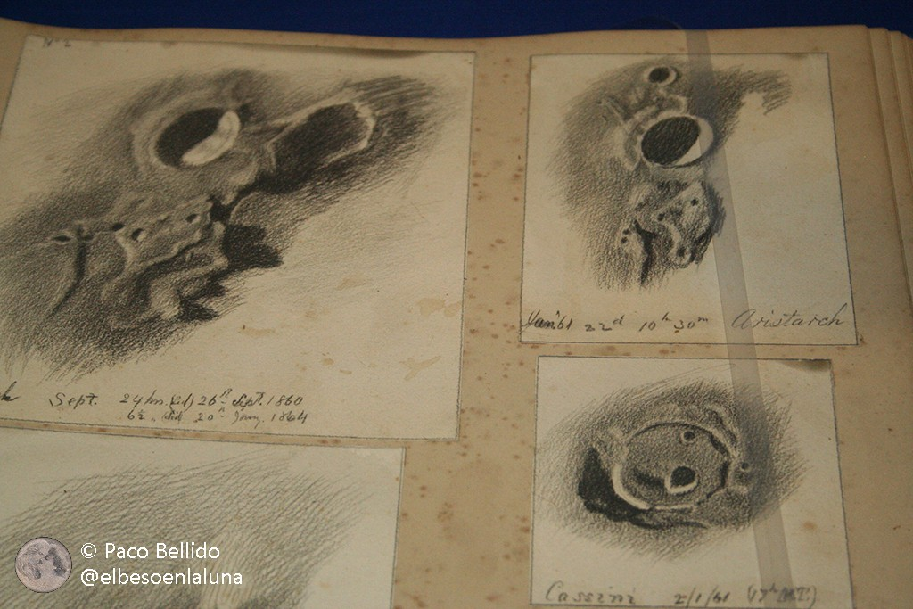 Cráteres lunares dibujados por Lord Rosse en el museo de Birr Castle. Foto: © Paco Bellido