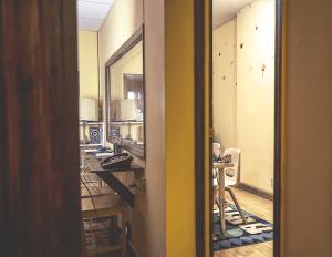 Observation Room 4