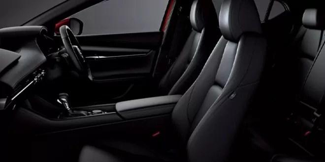 新型マツダ3運転席10Wayパワーシート&ドライビングポジションメモリー機能