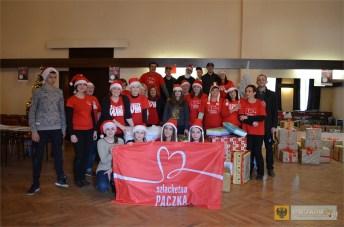 Wolontariusze i osoby wspierające paczkowski rejon Szlachetnej Paczki. 2015. Foto: archiwum