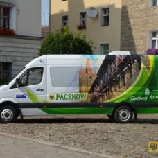 Czerwiec | Dostawczy mercedes promuje Paczków | Gmina zakupiła busa przystosowanego do przewozu osób niepełnosprawnych. Pojazd ma być jednocześnie mobilną reklamą Paczkowa. | Foto: UM Paczków | http://paczkow24.pl/mercedes-ma-promowac-paczkow-gmina-szuka-kierowcy/
