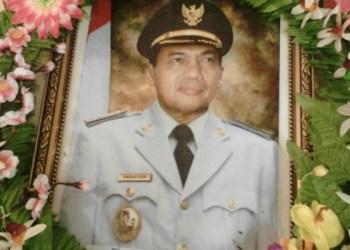 Almarhum Amran Nur, Walikota Sawahlunto periode 2003-2008 dan 2008-2013. (tumpak)