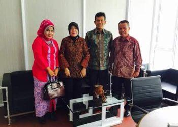 Tiga anggota DPRD Padang saat melakukan kunker ke Kementerian Lingkungan Hidup. (*)
