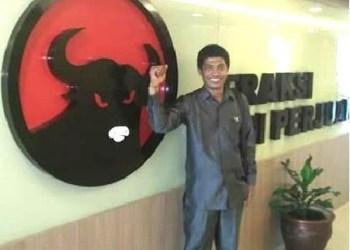 Anggota Fraksi PDI Perjuangan DPRD Kota Padang, Aprianto. (baim)