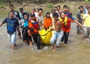 Jasad Aldo, korban hanyut di Bendungan Koto Pulai saat ditemukan. (ist)