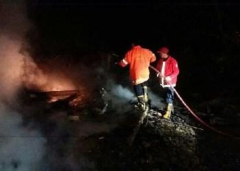 Kebakaran di Baso yang menewaskan pasangan suami istri. (fajar)