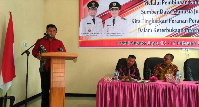 Bupati Dharmasraya Sutan Riska Tuanku Kerajaan membuka kegiatan