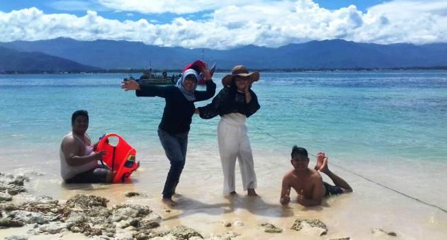 Objek Wisata Pulau Saoh, Koto Tangah, Padang. (febry)
