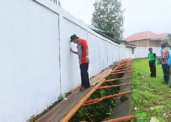 Lomba mural/grafiti yang diadakan Dinas Pariwisata Padangpanjang. (humas)