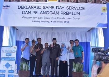 Deklarasi same day service PLN Padangpanjang. (de)
