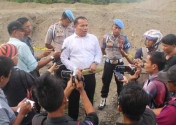 Penyegelan tambang pasir ilegal di Mentawai. (ers)