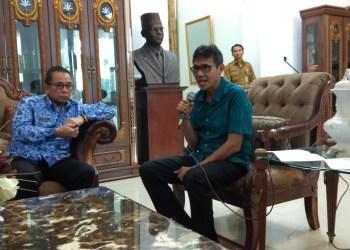 Gubernur Irwan Prayitno (Foto: