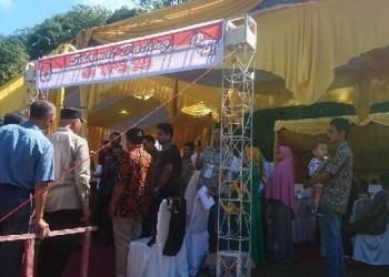 Walikota Padang mengunjungi TPS Gunung Pangilun. (baim)