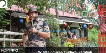 Wali Kota Padangpanjang Fadly Amran memberikan sambutan dalam kegiatan wisata edukasi budaya Kancah Kubu Gadang, Kamis (13/8/2020). (Kominfo Padangpanjang)