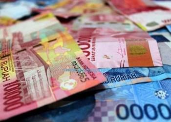 https://pixabay.com/id/photos/uang-rupiah-gaji-ekonomi-keuangan-3431772/