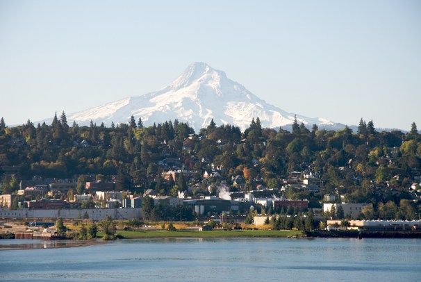 Hood River Town