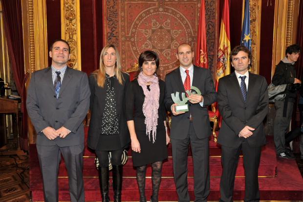 Galardon FNPGalardon Federacio%CC%81n Navarra pad La federación Navarra de Pádel Galardonada. Felicidades!!!.