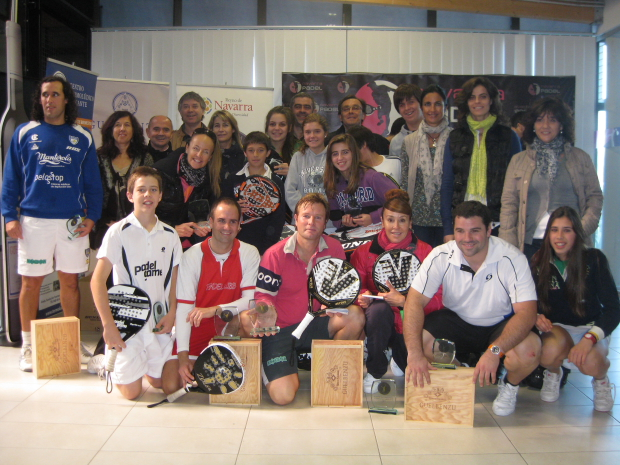 "Master menores veteranos Guelbezu Dunlop padelgoodFoondo Fin del Master Absoluto ""Trofeo Guelbenzu"" y Master Menores ""Trofeo Dunlop"""