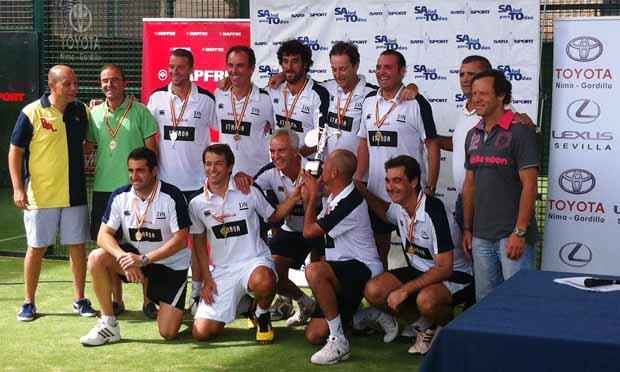 Itaroa Los Veteranos del Itaroa-Pablo Semprun Sport Center, Campeones de España