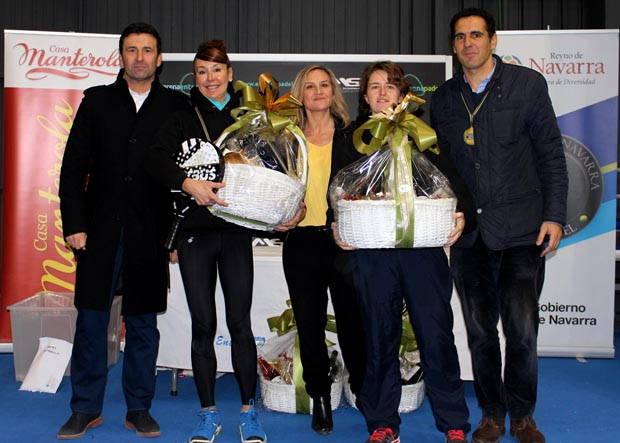 Pedro Arozarena, Maria Garai, Pilar lafuente, Maite Gabarrus y Mikel Manterola