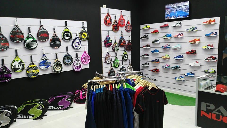 Padel Nuestro inaugura una nueva tienda en Cieza
