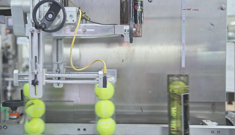 Asi se fabrican las pelotas de padel