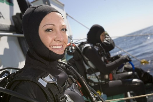 Cold Water Diver - Women in Diving - PADI DIver