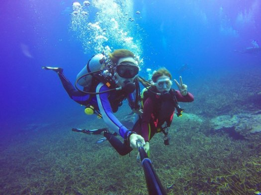 Scuba Diver Selfie - Women in Diving - Underwater Photography