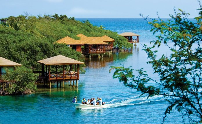 roatan resorts