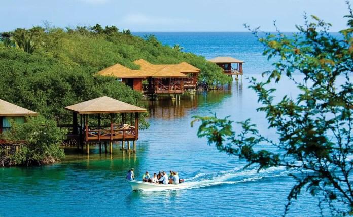 roatan resorts