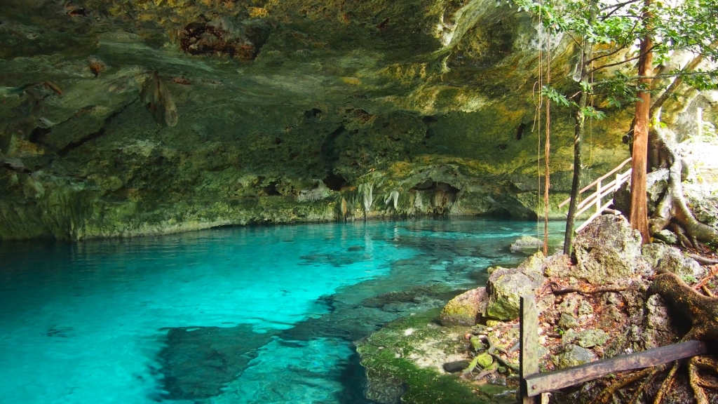 Rel jate en las piscinas naturales m s sorprendentes del mundo for Piscinas naturales en mexico