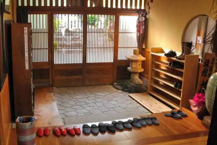 normas de etiqueta y protocolo en japon