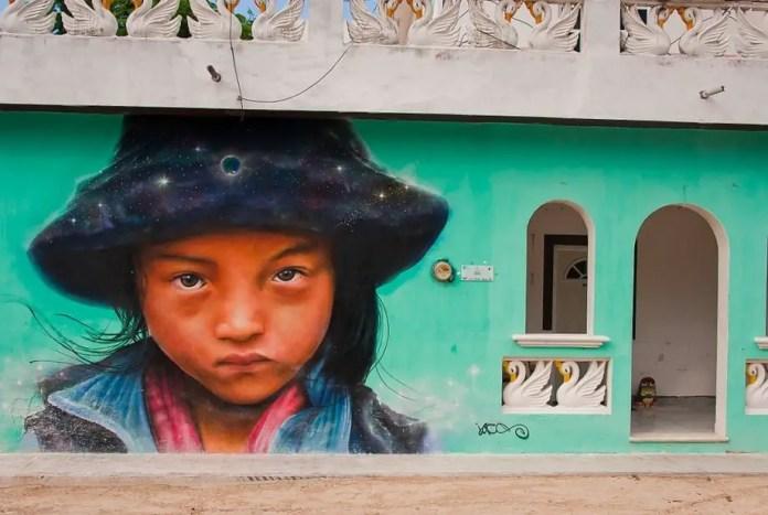 arte urbano en holbox