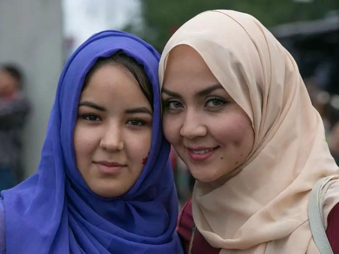 como se llama el velo que usan las mujeres musulmanas
