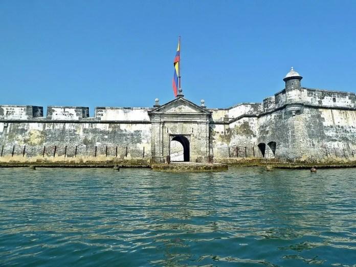 Lugares turísitcos de Cartagena: Boca Chica