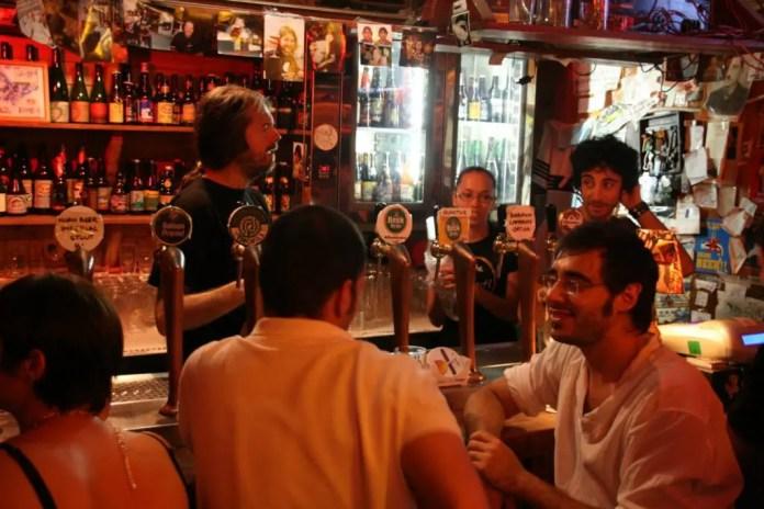 bares copas trastevere roma