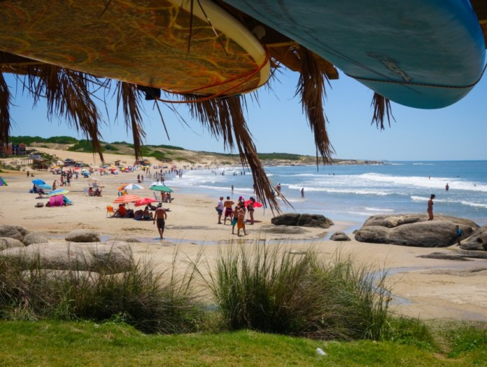 playas de aguas calidad en sudamerica