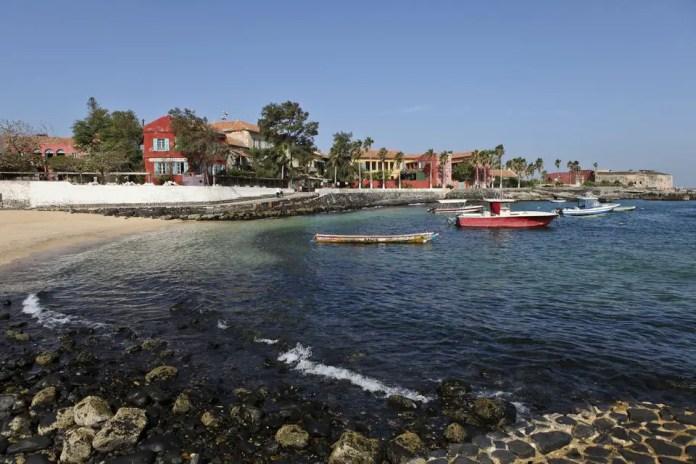 ferry isla goree