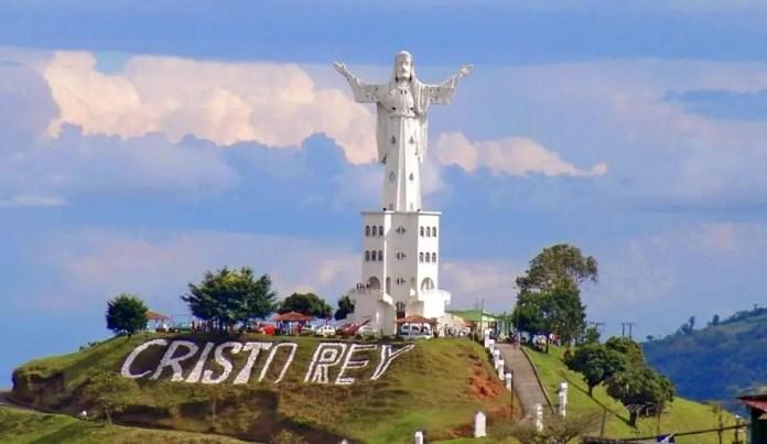 Lugares turísticos en Manizales: Monumento Cristo Rey