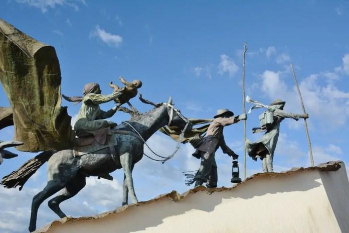 Qué ver en Manizales: Monumento a los Colonizadores