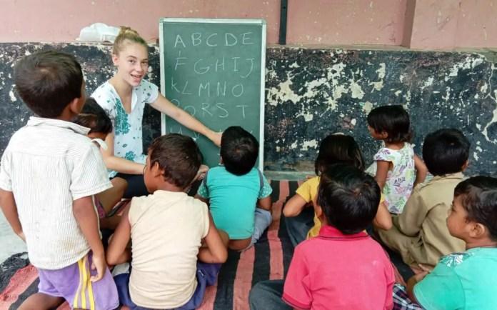 enseñar en voluntariado