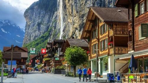como vivir legalmente en suiza