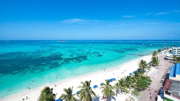 Playas turísticas en San Andrés: Bahía Sardinas