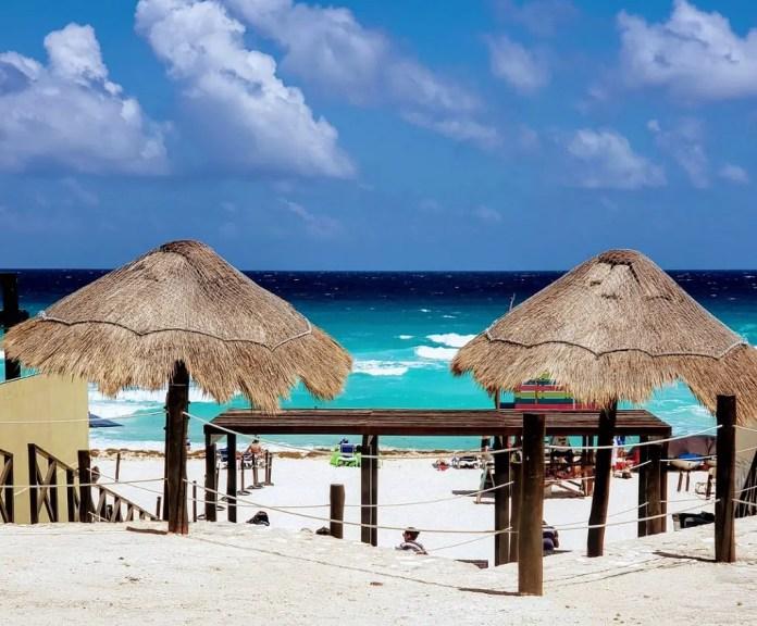 Playas públicas en Cancún: Playa Ballenas