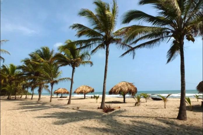 Sitios turísticos en Santa Marta: Playa Casa Grande