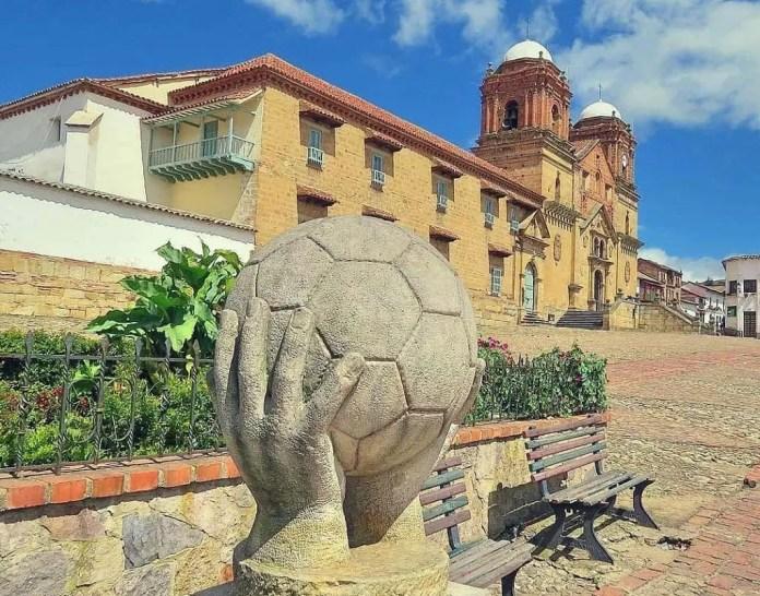 Qué hacer en Boyacá: Visitar Plaza Monguí